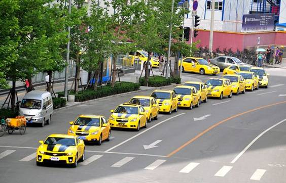 Transformers Rotf Bumblebee Parade In China