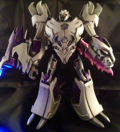 Seibertron.com Energon Pub Forums • Custom Transformers ...