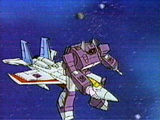 Shockwave rides Starscream