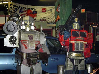 Megatron & Optimus costumes win contest at Lafayette's Graham Central Station