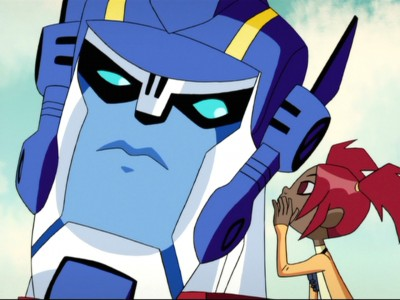 Sari tells Optimus a secret