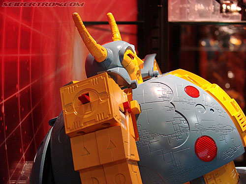 BotCon 2009 - G1 Unicron ... the Holy Grail!!!