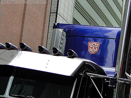 Transformers Dark of the Moon Optimus Prime truck