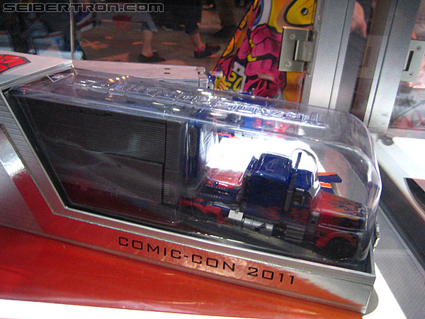 SDCC 2011 - Retail and SDCC Exclusives