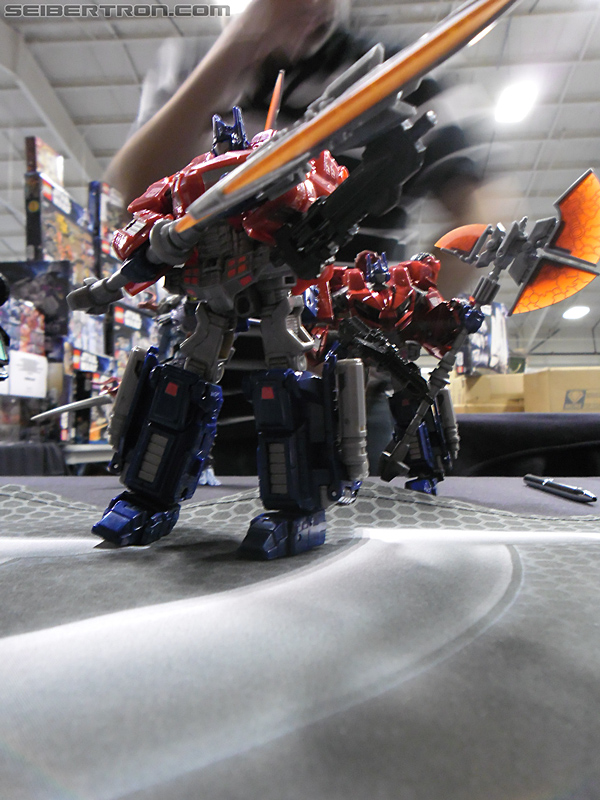 Victoria's Ultimate Hobby and Toy Fair 2011 - CorBotV
