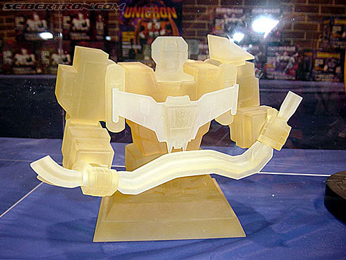 BotCon 2002 - Hard Hero PRODUCT Images