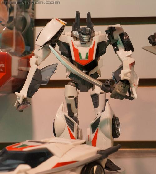 Toy Fair 2012 - Transformers Prime Robot in Disguise