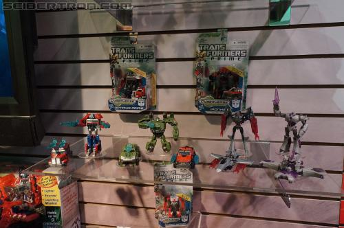 Toy Fair 2012 - Transformers Prime Cyberverse