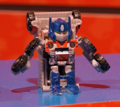 Toy Fair 2012 - Transformers Bot Shots