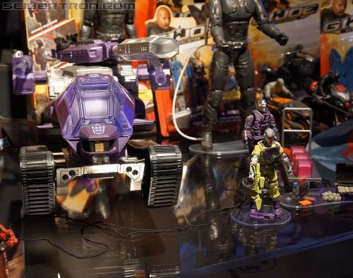 SDCC Exclusive Shockwave H.I.S.S. Tank