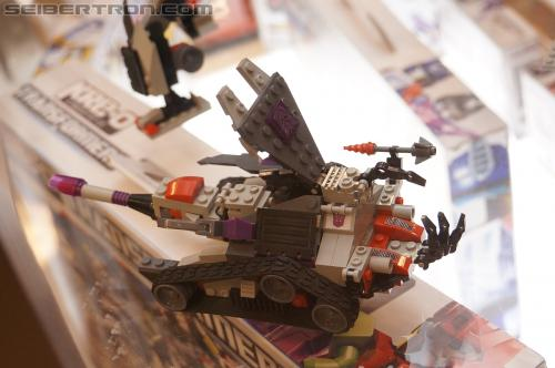 BotCon 2012 - Transformers Kre-o product display