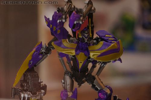 "BotCon 2012 - Transformers Generation ""Fall of Cybertron"" product display #2"