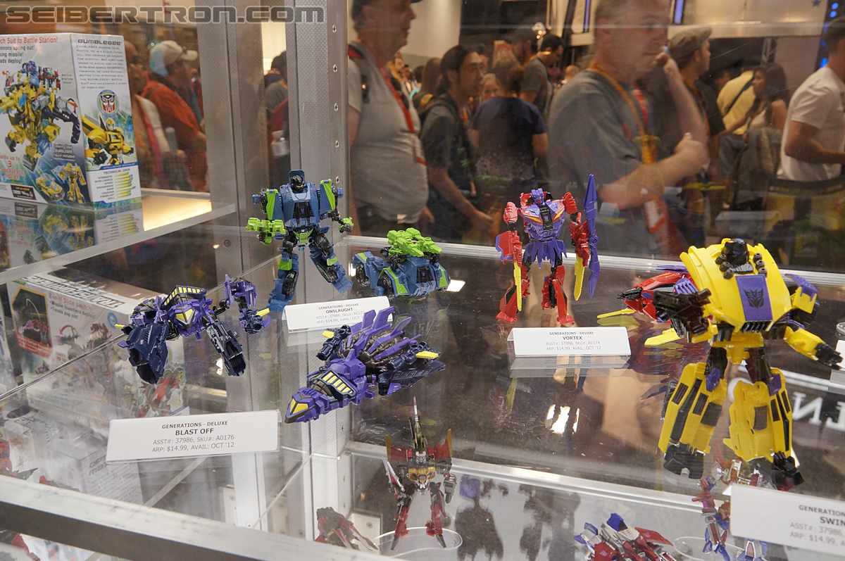 Transformers Generations: Fall of Cybertron Deluxe Wave 2 Sighted at Retail
