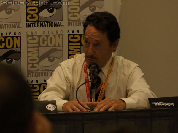 Panel - Larry King interviews Peter Cullen