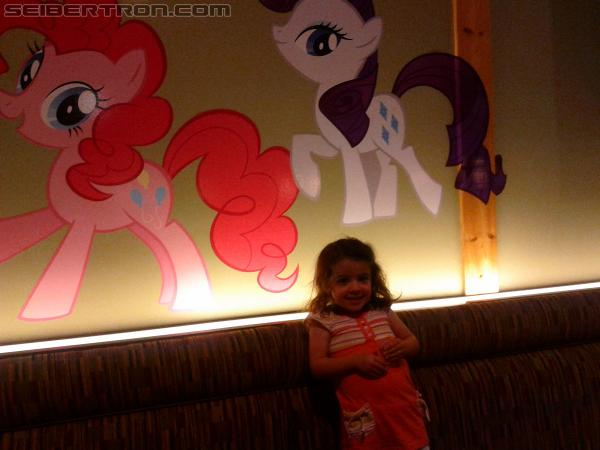 SDCC 2012 - The Hub takes over San Diego Restaurant