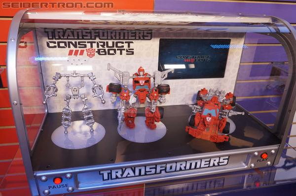 Toy Fair 2013 Coverage: Transformers Construct-bots Gallery