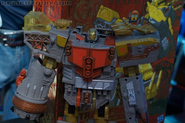 Toy Fair 2013 - Transformers Platinum Edition