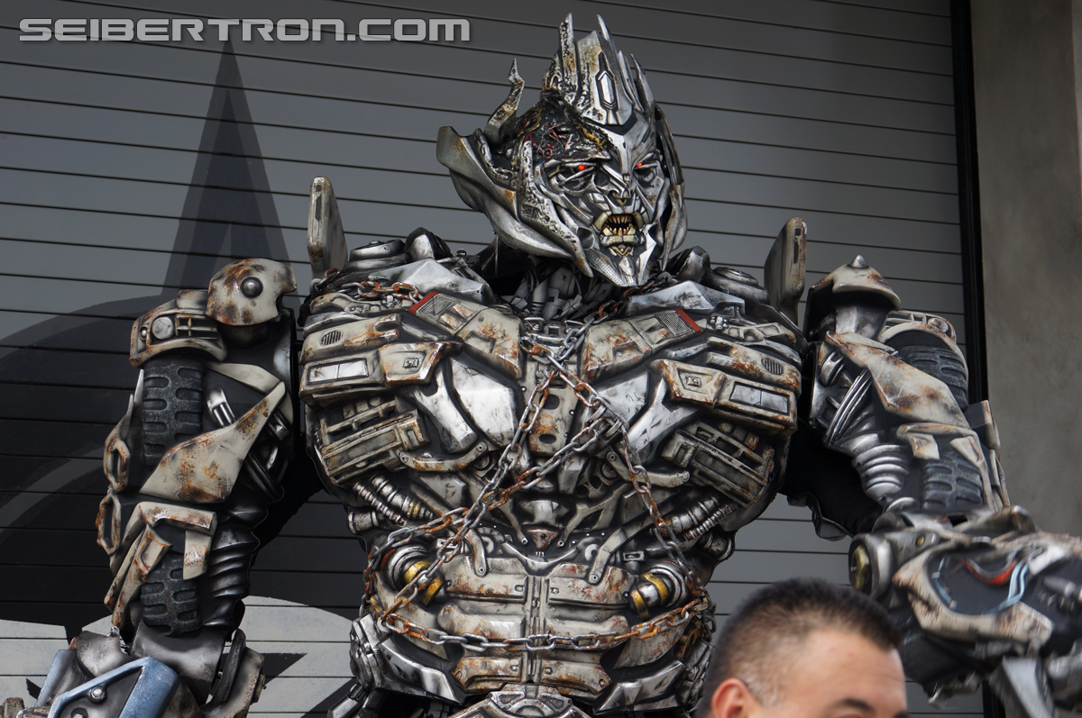 Transformers News: Mandarin speaking Megatron part of Universal Studios Hollywood's Year of the Monkey Celebration