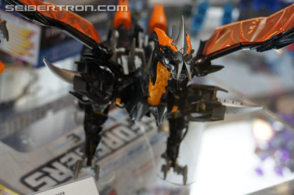 Transformers News: Transformers Prime Beast Hunters Simplified Voyager Wave 1 Available for Pre-Order