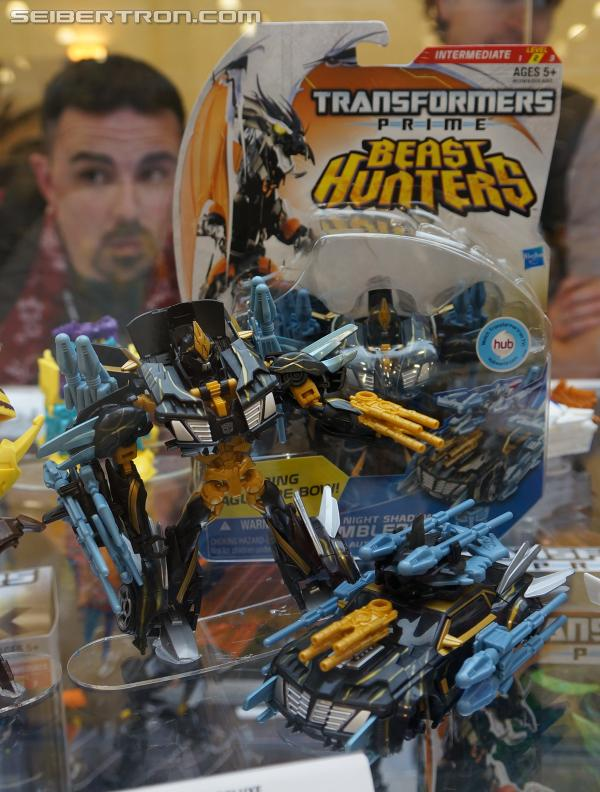 BotCon 2013 Coverage: Transformers Prime Beast Hunters on Display
