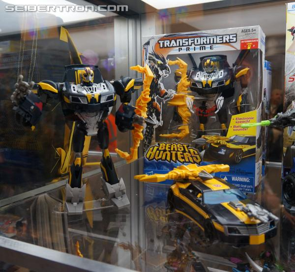 SDCC 2013 Coverage: Beast Hunters Talking Bumblebee and Tracker Optimus Prime