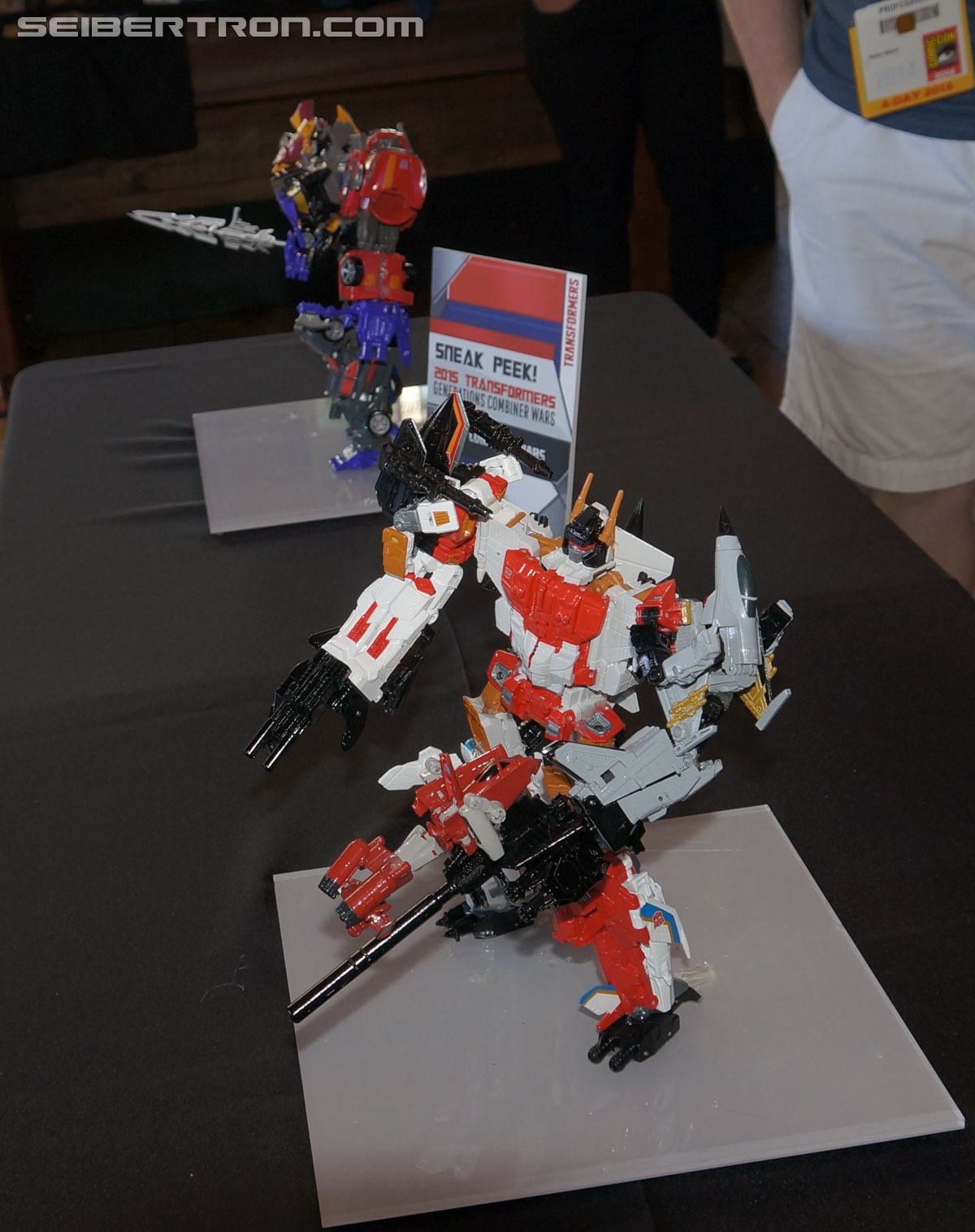 Transformers News: SDCC 2014 Coverage: Generations: Combiner Wars Superion and Menasor!