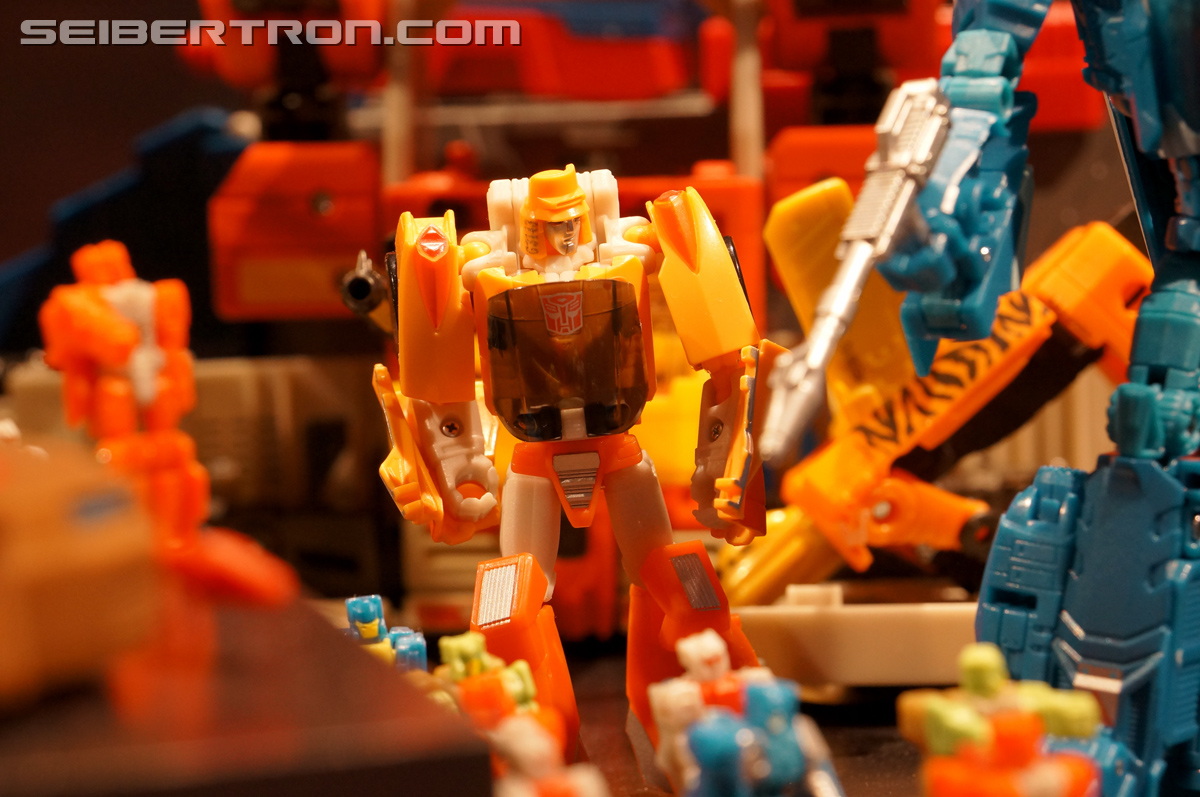 Transformers News: Toy Fair 2016 Titans Return Photogallery