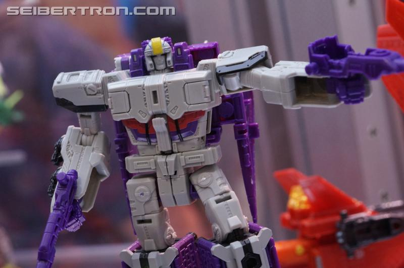 Transformers News: Transformers Titans Return Wave 2 Display at San Diego Comic Con #SDCC- Soundwave, Astrotrain, more