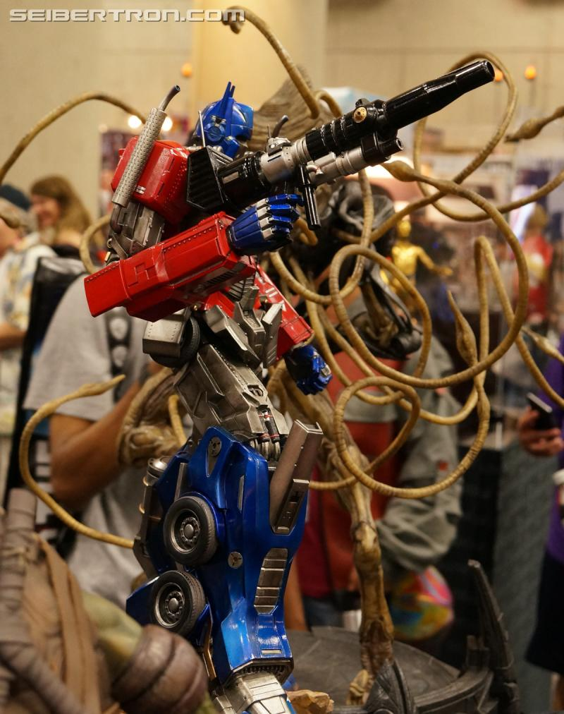 Transformers News: San Diego Comic Con Transformers Prime1 Studios Optimus Prime Gallery AND Video #SDCC #HasbroSDCC