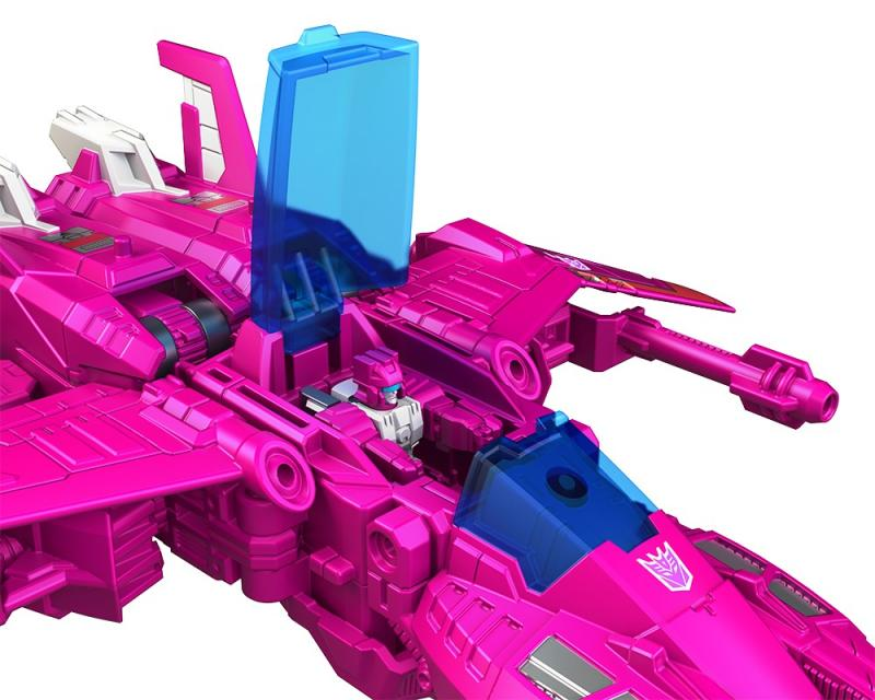 Transformers News: Official Images of Transformers Titans Return Misfire and Slugslinger