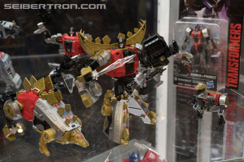 Transformers News: Gallery for Transformers Power of the Primes Figures on Showfloor at #HASCON