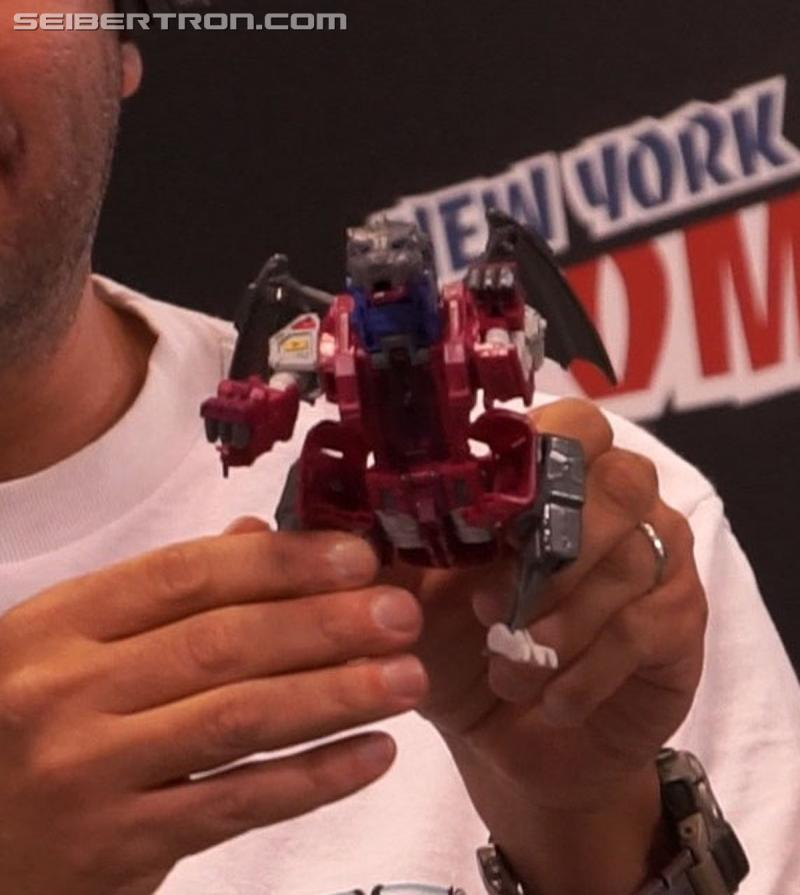 Transformers News: NYCC 2017: Gallery for Titans Return Grotusque and Scorponok Reveal #NYCC17