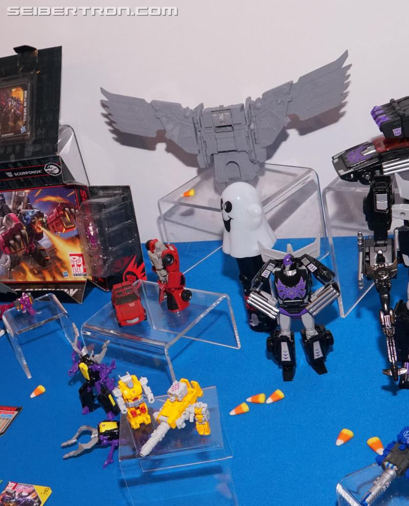 Transformers News: NYCC 2017: Gallery of Transformers Power of the Primes Predaking's Wings