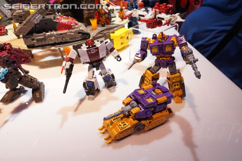 Toy Fair 2019 - Transformers War for Cybertron SIEGE