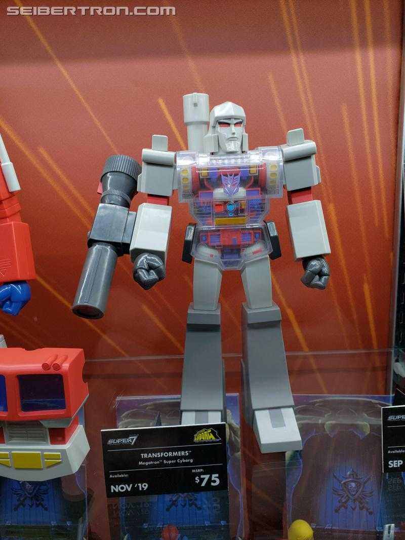 Toy Fair 2019 - Super7's Transformers Autobots / Decepticons ReAction Figures