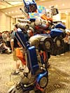 BotCon 2007: Movie Optimus Prime Statue - Transformers Event: DSC06650