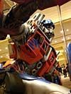 BotCon 2007: Movie Optimus Prime Statue - Transformers Event: DSC06845