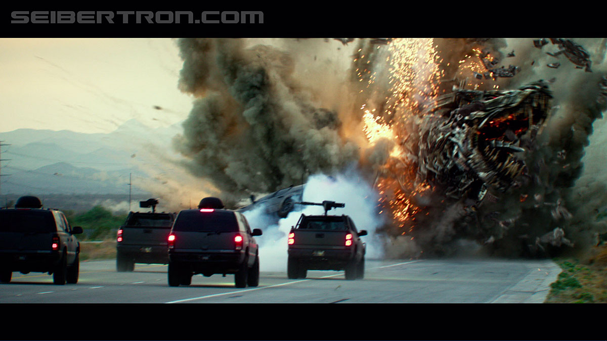 Transformers News: High-res Gallery of Transformers: The Last Knight Extended Super Bowl HD Trailer
