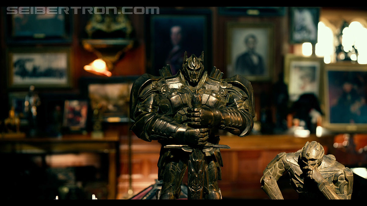 Transformers News: High Definition Screencap Gallery of Transformers: The Last Knight 'Secret Past' Trailer